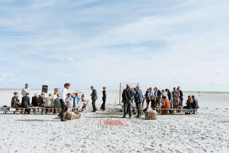 Ceremonie op het strand - Ceremoniemeester Willeke at Work